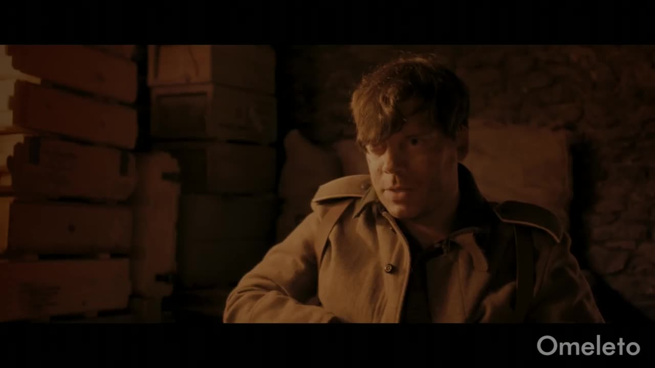 A British soldier is trapped with a German enemy. Then they rediscover their humanity. | Pawns
